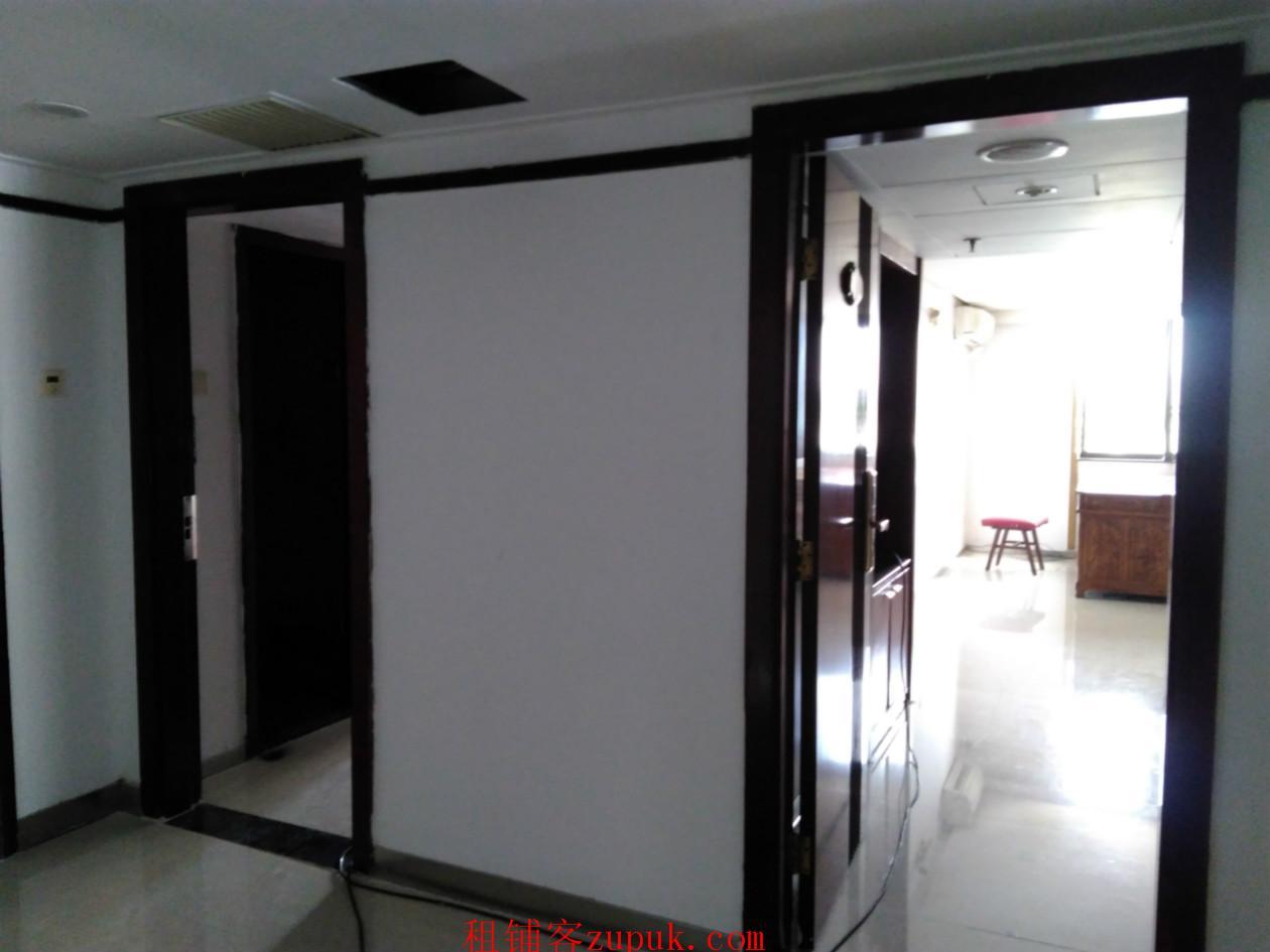 番禺广场地铁上盖创新园46方办公室出租 低至38.8元/方