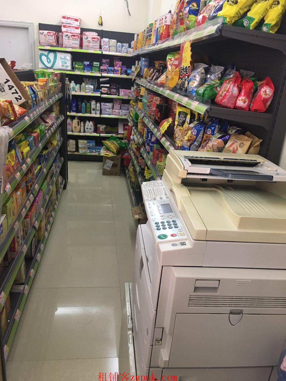 布吉丽湖花园岀入口便利店商铺空铺转让,非中介