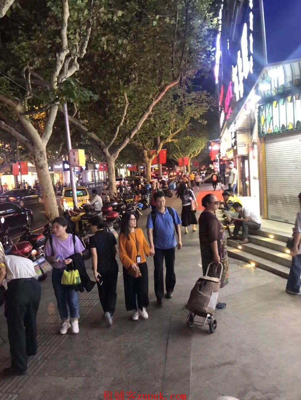 大华二路沿街旺铺 人流量大 适合川湘菜 木桶饭 香锅等
