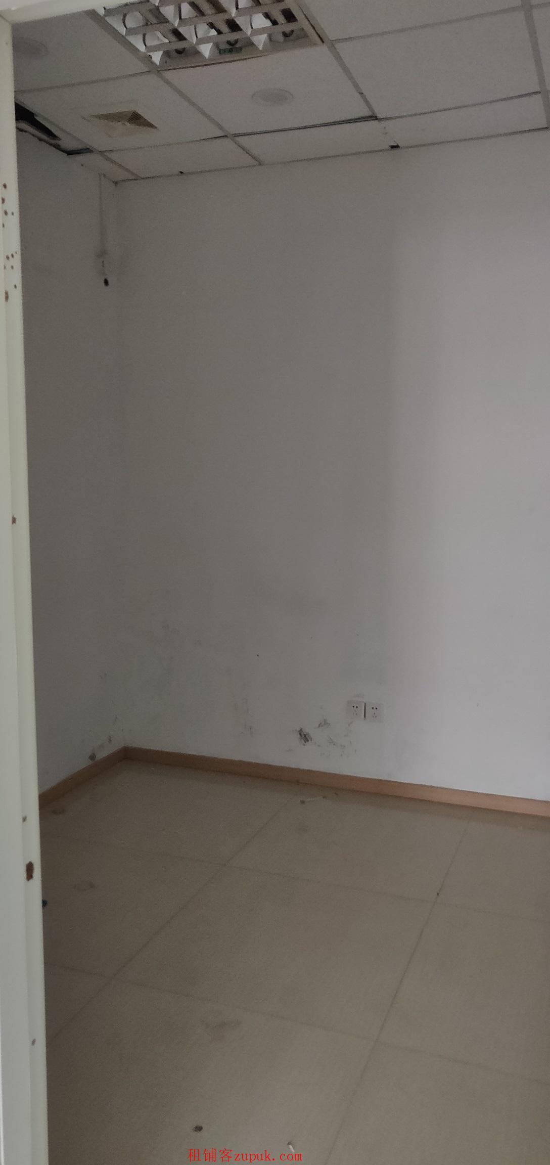 出租吴中长桥蜜蜂城纯一楼55平米商铺