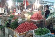 宝山共富新村2000平菜市场,摊位出租蔬菜牛羊肉等