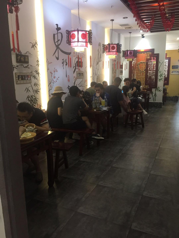 5图 河东餐饮饭店转让可加烧烤冷饮客源稳定接手就干