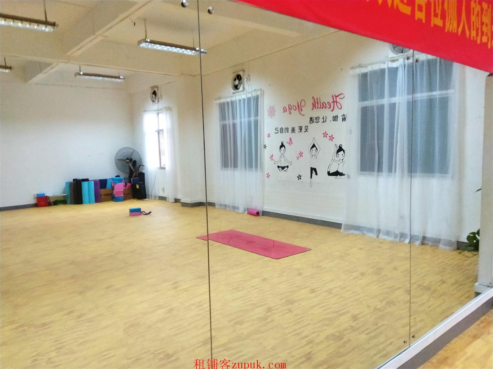 幼少儿培训机构以及成人瑜伽班
