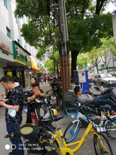 越秀东风东路大型高端生鲜集市摊位商铺。