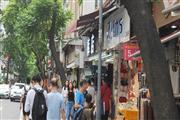 凤凰新村-地铁站,沿小吃店,门口人超多,生意好做,业态不限