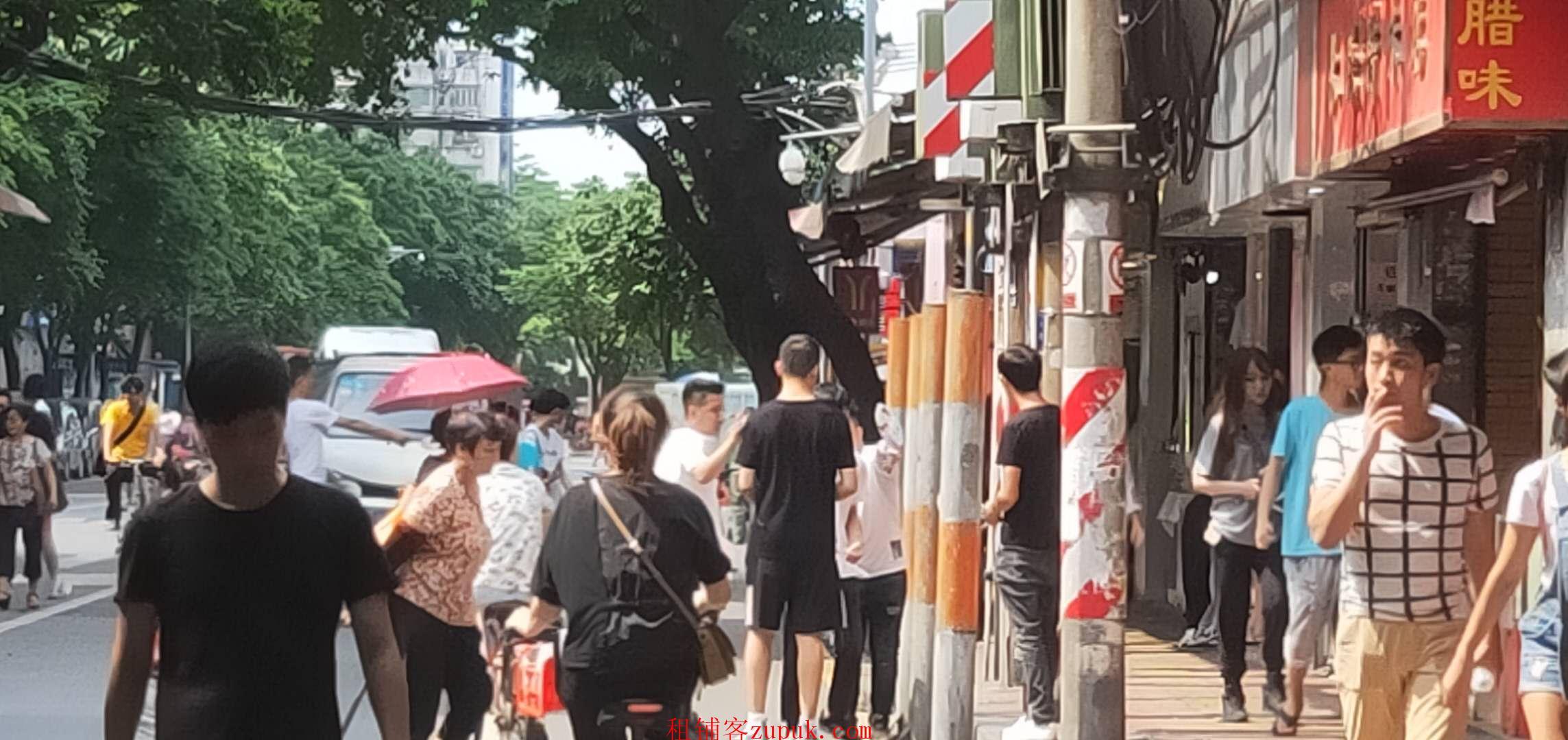 荔湾广场,纯1楼小吃店,人流无敌,租金低,业态不限