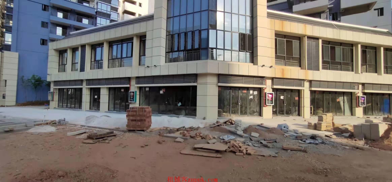 五象新区一楼临街现铺1.45万一平