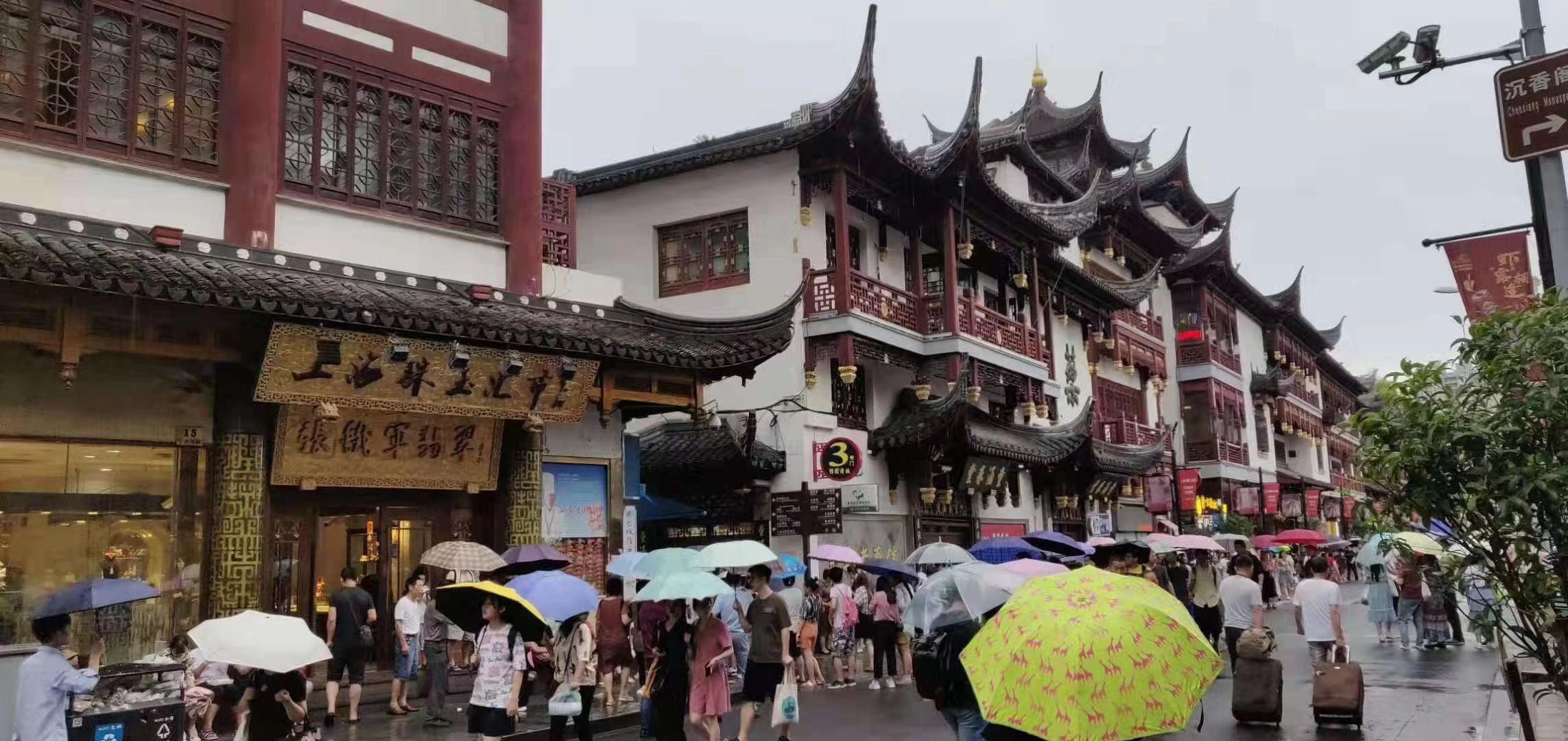 豫园城隍庙美食街小吃店铺出租 无转让费 重餐饮不限