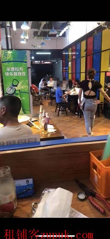 金阳沃尔玛盈利特色餐饮店转让
