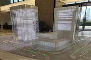金融城 写字楼和五星级酒店下高端小区旁 地铁口 十字路口转角铺 展示面40米 现铺  业态不限