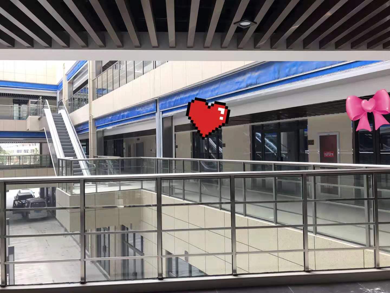 杭州火车南站南钻广场重餐饮