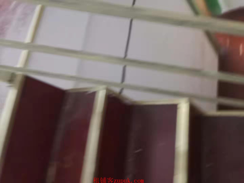 (出租)和平盛世商业街100平米黄金旺铺出租