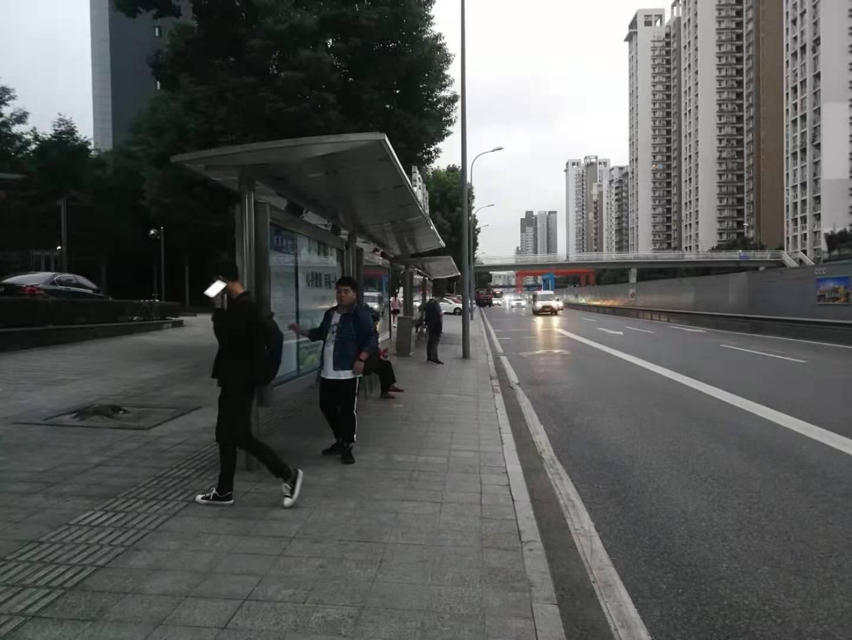仁安龙城国际小区入口旺铺招租