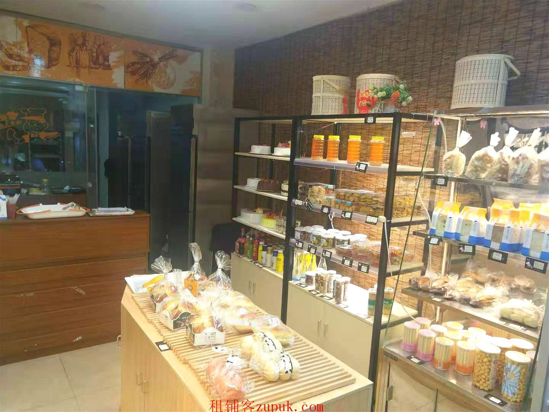 青秀区民族大道70平盈利中烘焙店整体转让