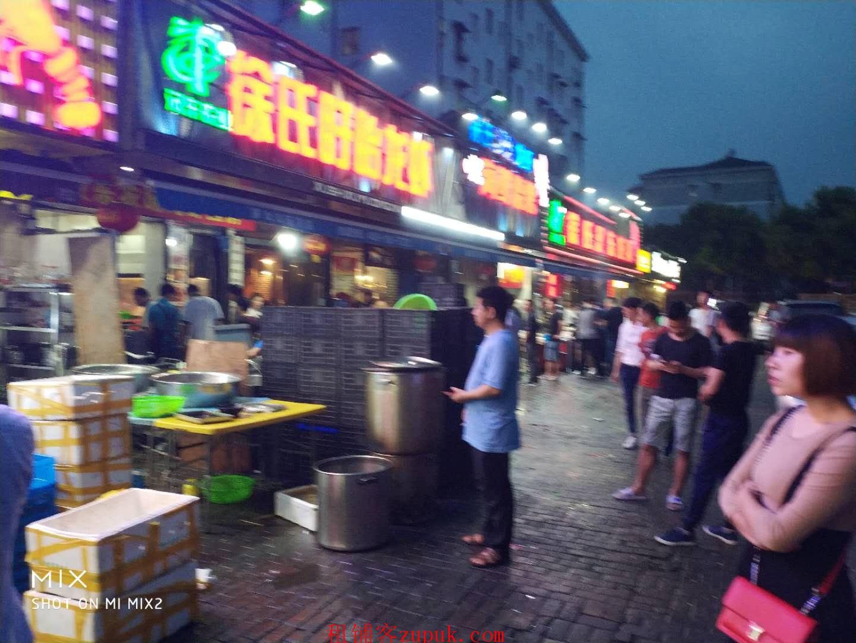 荔湾南岸路沿街旺铺,无进场费转让费, 主招烧烤,烤鱼,火锅等