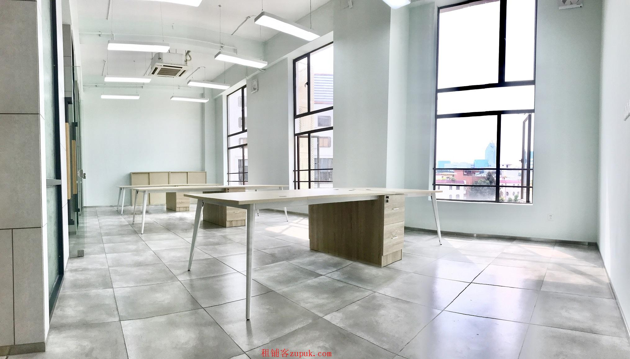 番禺地铁口 非中介园区40方办公室出租 可注册