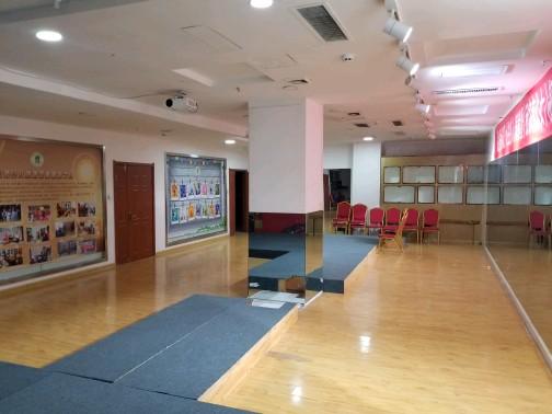 五一广场750平办公教室