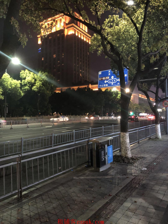 房东直租宁波市海曙区柳汀街沿街旺铺
