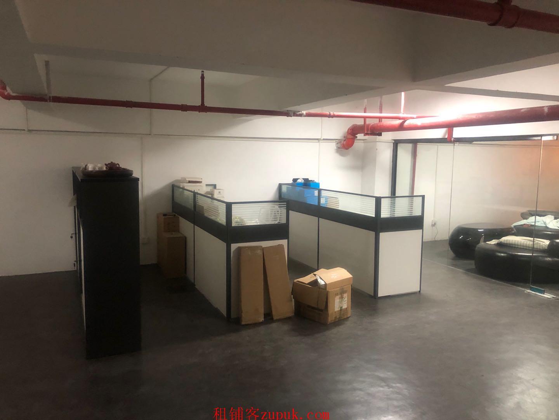 宝安福永天瑞工业园一楼商铺转让带隔层带装修