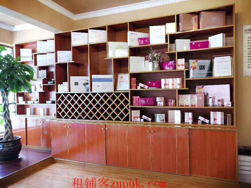 小河龙湾国际盈利美容院生意转让