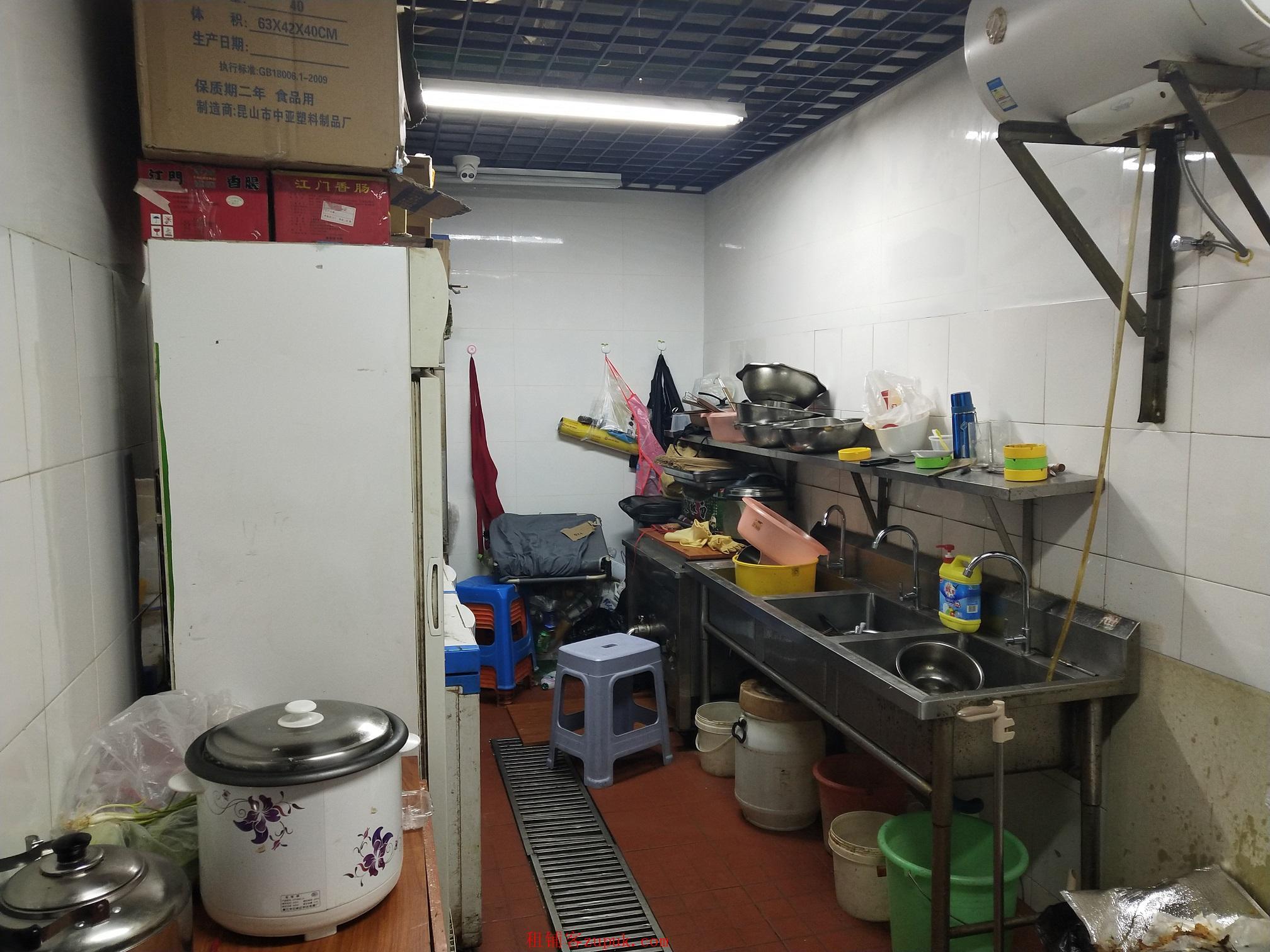 观前宫巷旁商铺转让 一楼85平米 接手即可经营 可做餐饮
