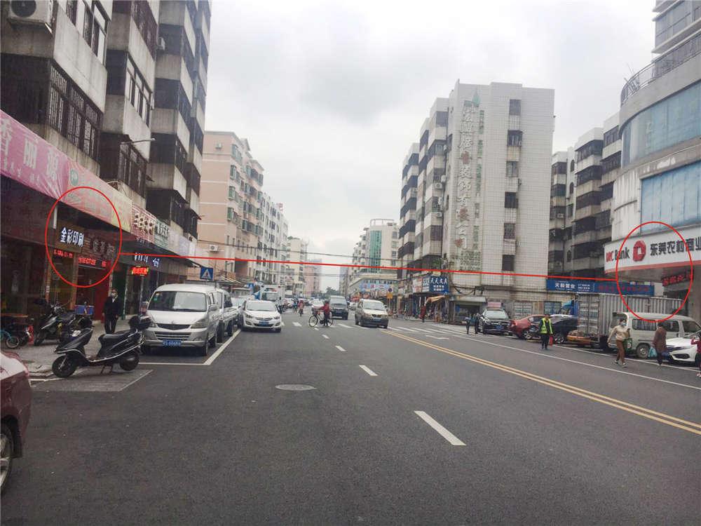 转让万江蟹地主街旺铺,有阁楼,100米处是市场,对面就是银行