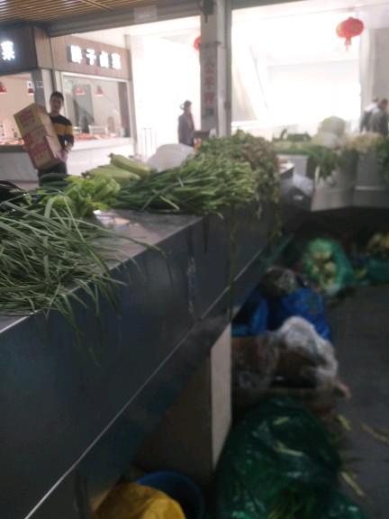 蔬菜摊位,黄金地段