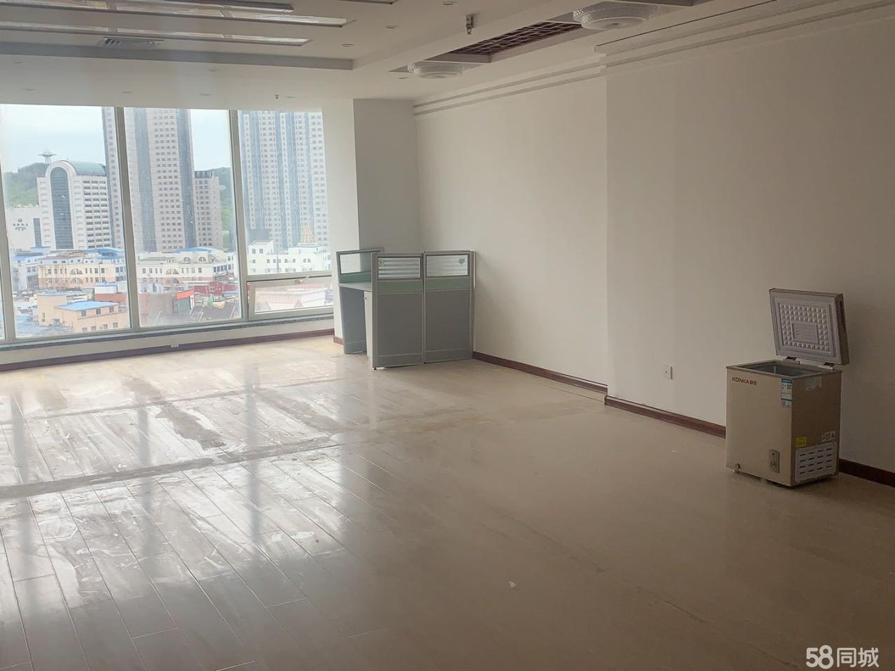 开发区商业中心写字楼租或售