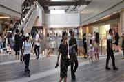 普陀真如星光耀广场 商场一楼中心位置 周边影城 人群消费