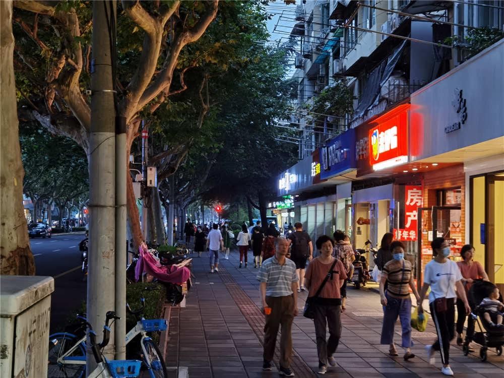 房东直租  仙霞路水城路沿街旺铺出租  特招水果超市进口食品