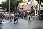 荔湾西村地铁口餐饮旺铺,可早餐小吃饮品,靠十字路口,客流大!
