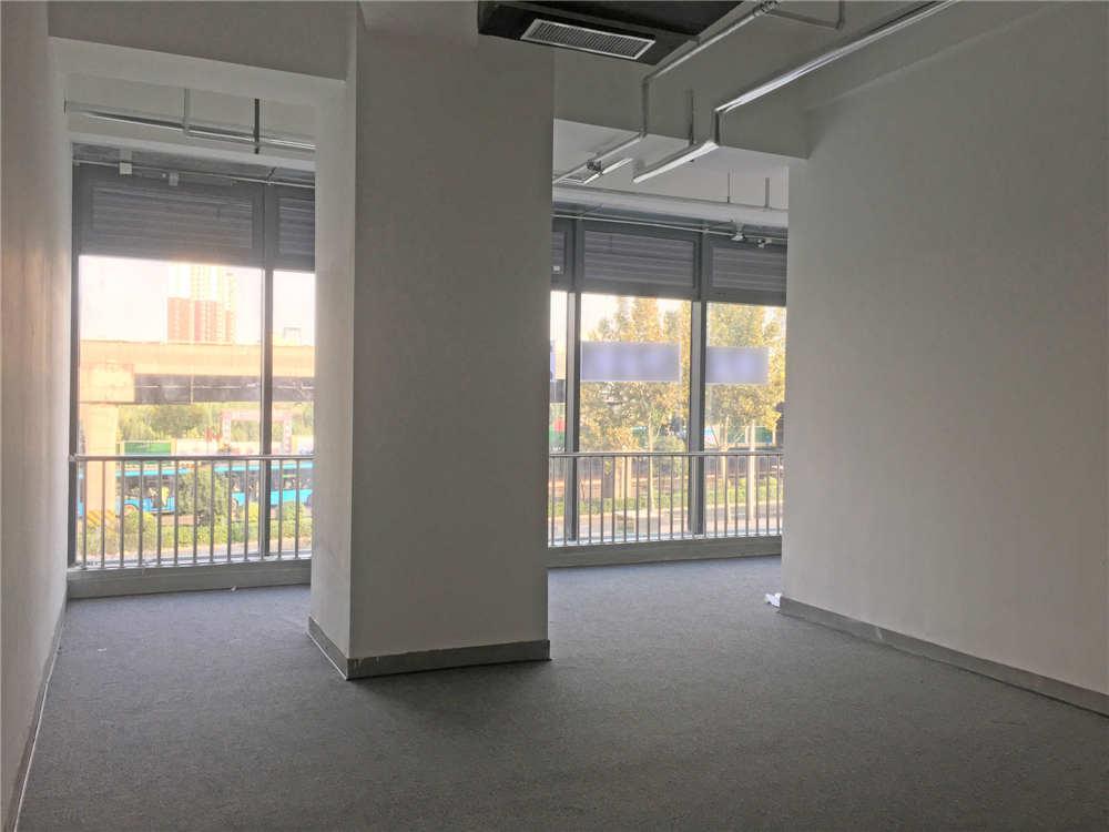 二环东路解放路西南角鼎峰中心2楼92平 | 全新商铺出租