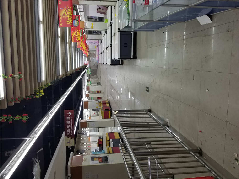 西高新六千平米临街旺铺出租