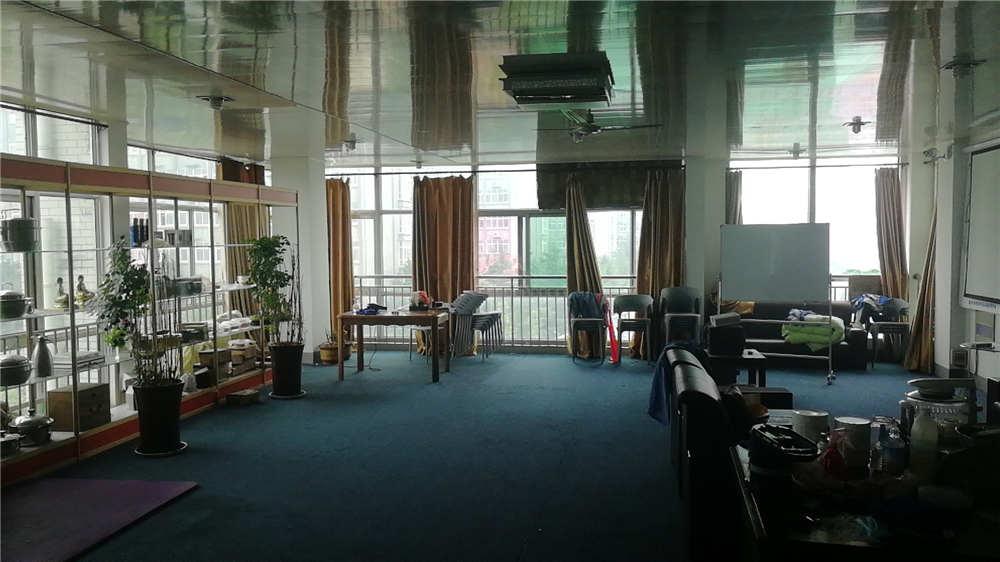 时代总部基地5层商住楼出租