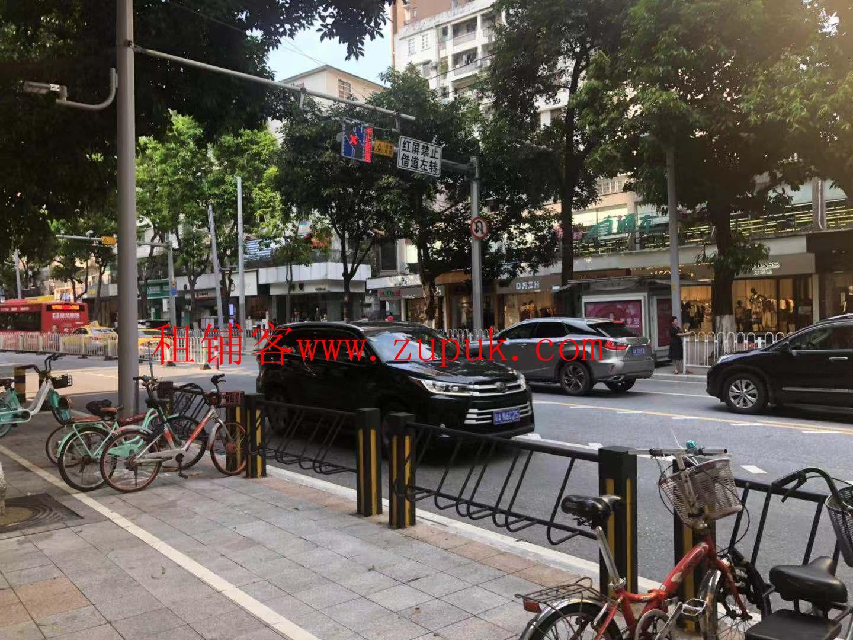 天河华师地铁口餐饮旺铺,可明火,十字转角位,客流不断,可百业