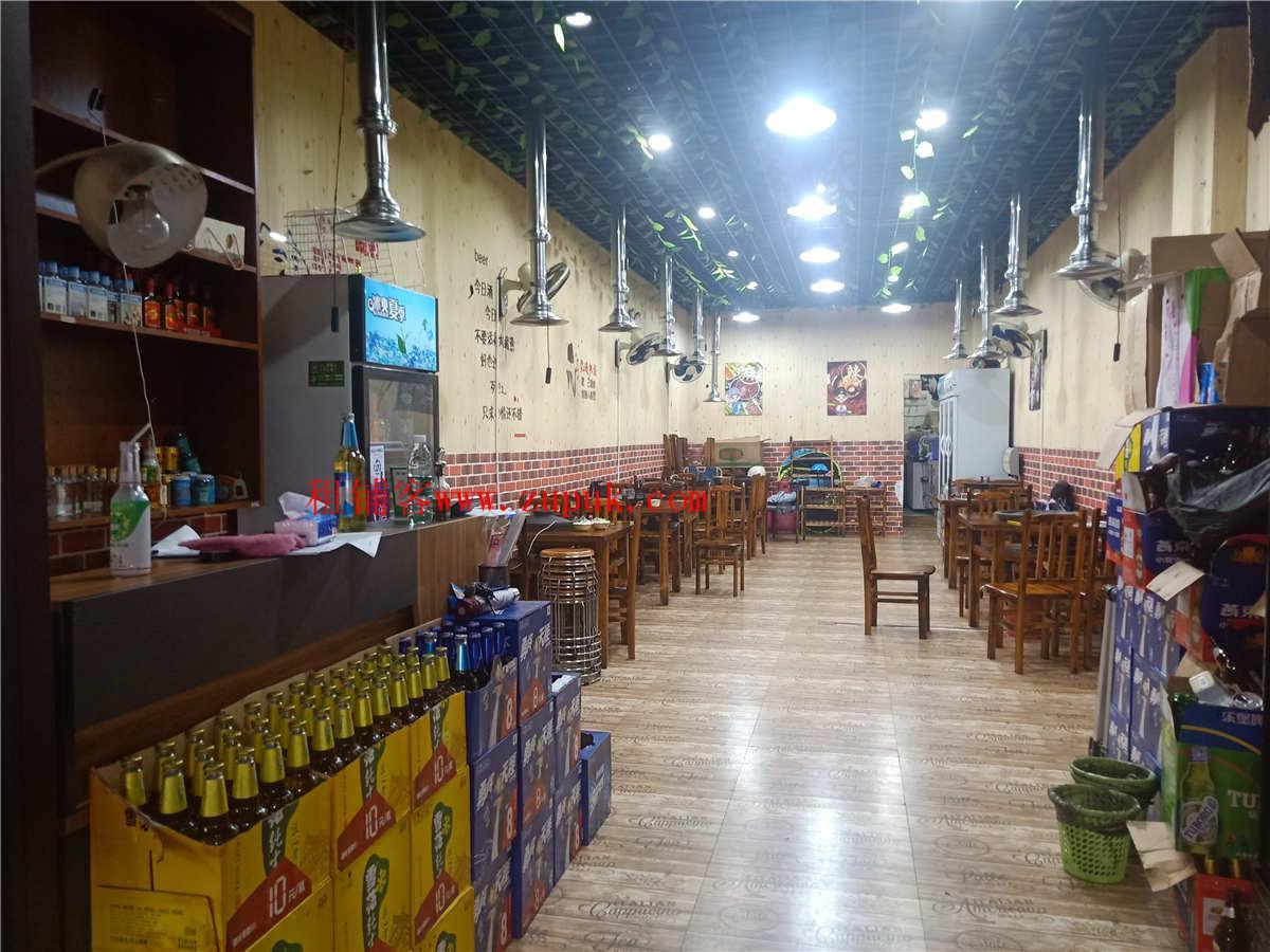 小河万科步行街南区68平餐饮店转让
