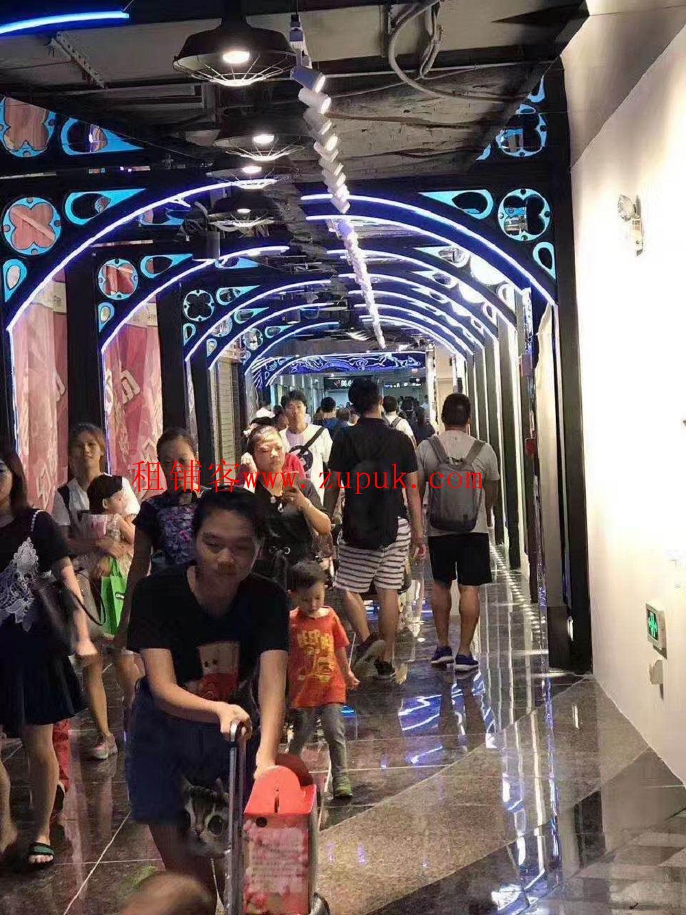 荔湾区芳村地铁口,全天客流不断,靓位不多,不可明火。