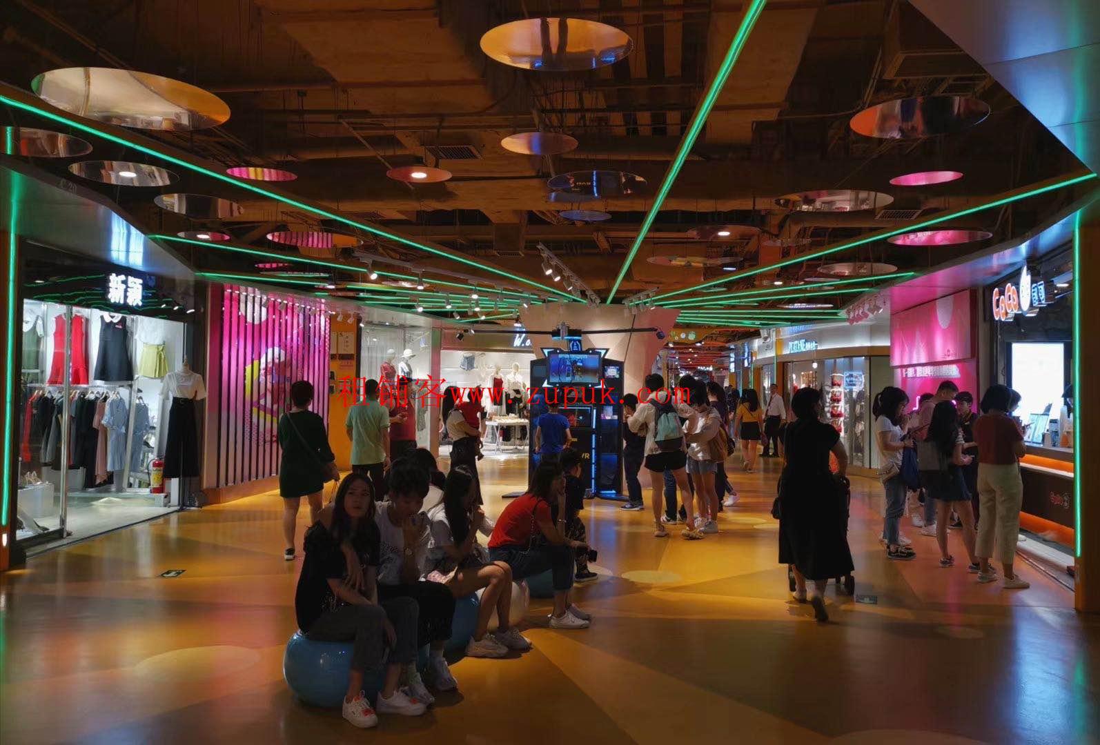 荔湾区芳村地铁口D出口步行街,人流规模大,租金低于周边市场。