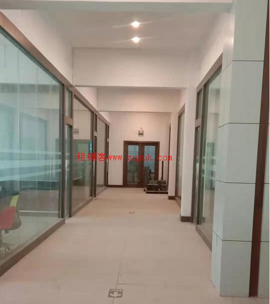 浪背工业区办公区出租 带装修和办公设备