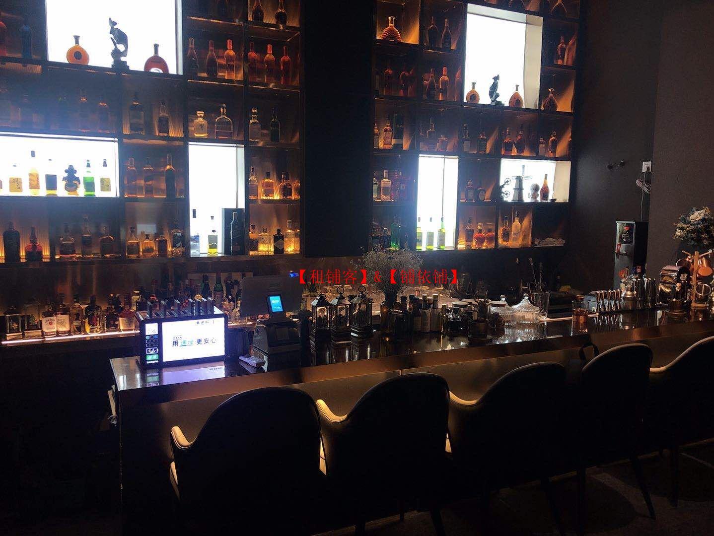 云岩区中天花园旁购物中心好位置临街180平酒吧低价转让 ,可承包