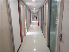 全包式办公室出租,精装小型拎包入驻,可注冊,非中介