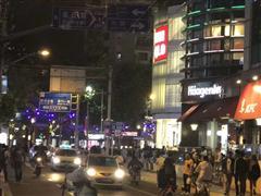 环贸商圈 南昌路沿街旺铺出租 门宽6米,业态不限 看铺随时!