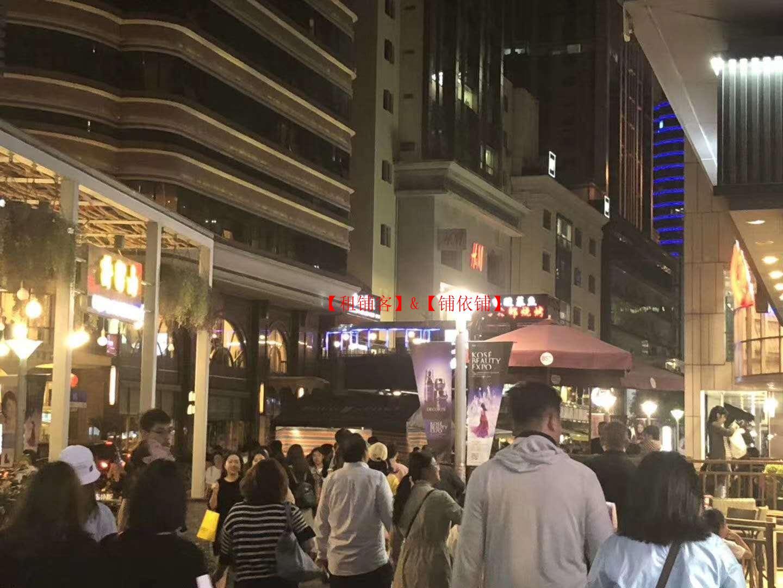 黄浦区 打浦路餐饮旺铺出租 十字路口超大展示面 看铺随时!