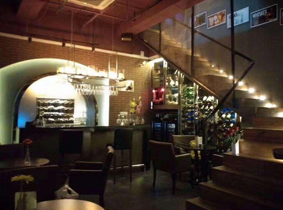 海上世界酒吧商业街店铺招租