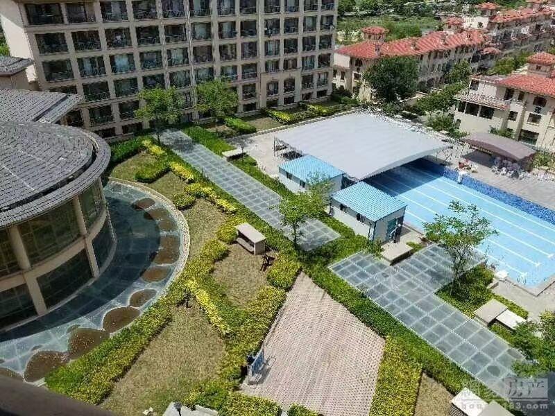 繁华地段带1200平院子及泳池网点出租