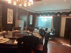 大红门独立四合院1200平米办公会所招租精装修带家具