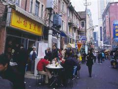 沪太路临街商铺 较大展示面 适合轻餐饮和非餐饮